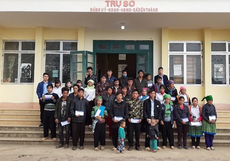 NEDI2 tặng quà Tết Canh Tý 2020 cho các hộ nghèo và các cháu học sinh nghèo vượt khó xã Dền Thàng, Bản Xèo, Bản Vược