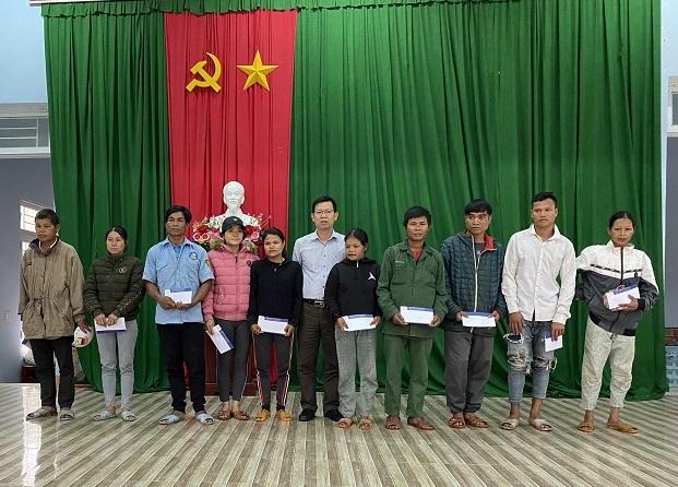 Công ty CP NEDI2 và Công ty CP Bách Thiên Lộc ủng hộ, giúp đỡ các gia đình bị thiệt hại do lũ quét gây ra tại Sơn Tây, Quảng Ngãi